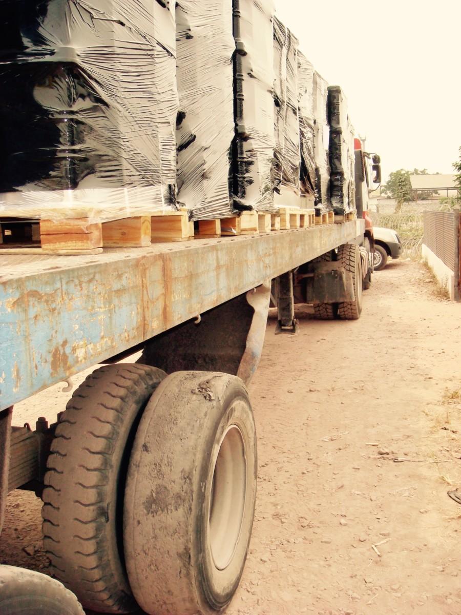 12 . Logistique I . 2010